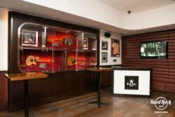 Montaje 4 en Hard Rock Cafe Barcelona