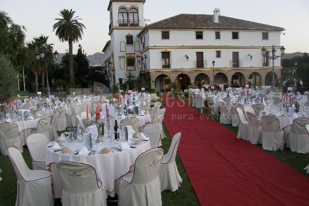 Banquete en Cesped en Finca Eslava