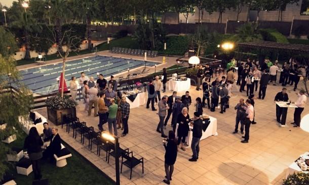 Pérgola piscina cocktail evento empresa