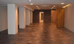 Galería de acceso a la zona de catering y networking