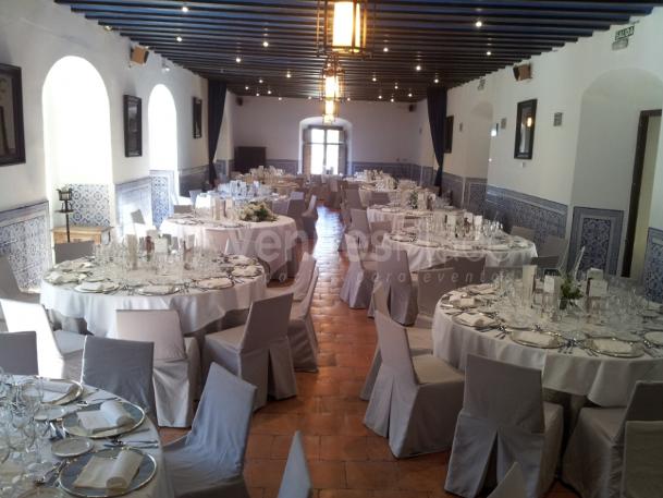 Cuidamos los detalles en su evento, montaje en banquete, eventos de empresa en el  Parador de Chinchón