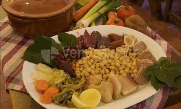 Cocido tradiciona en Parador de Chinchón
