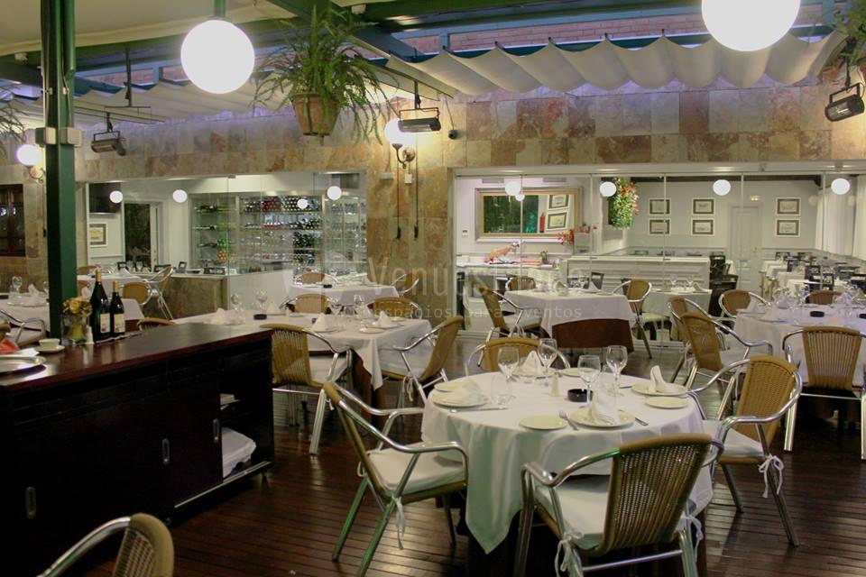 Comidas y cenas de empresa en Restaurante La Española