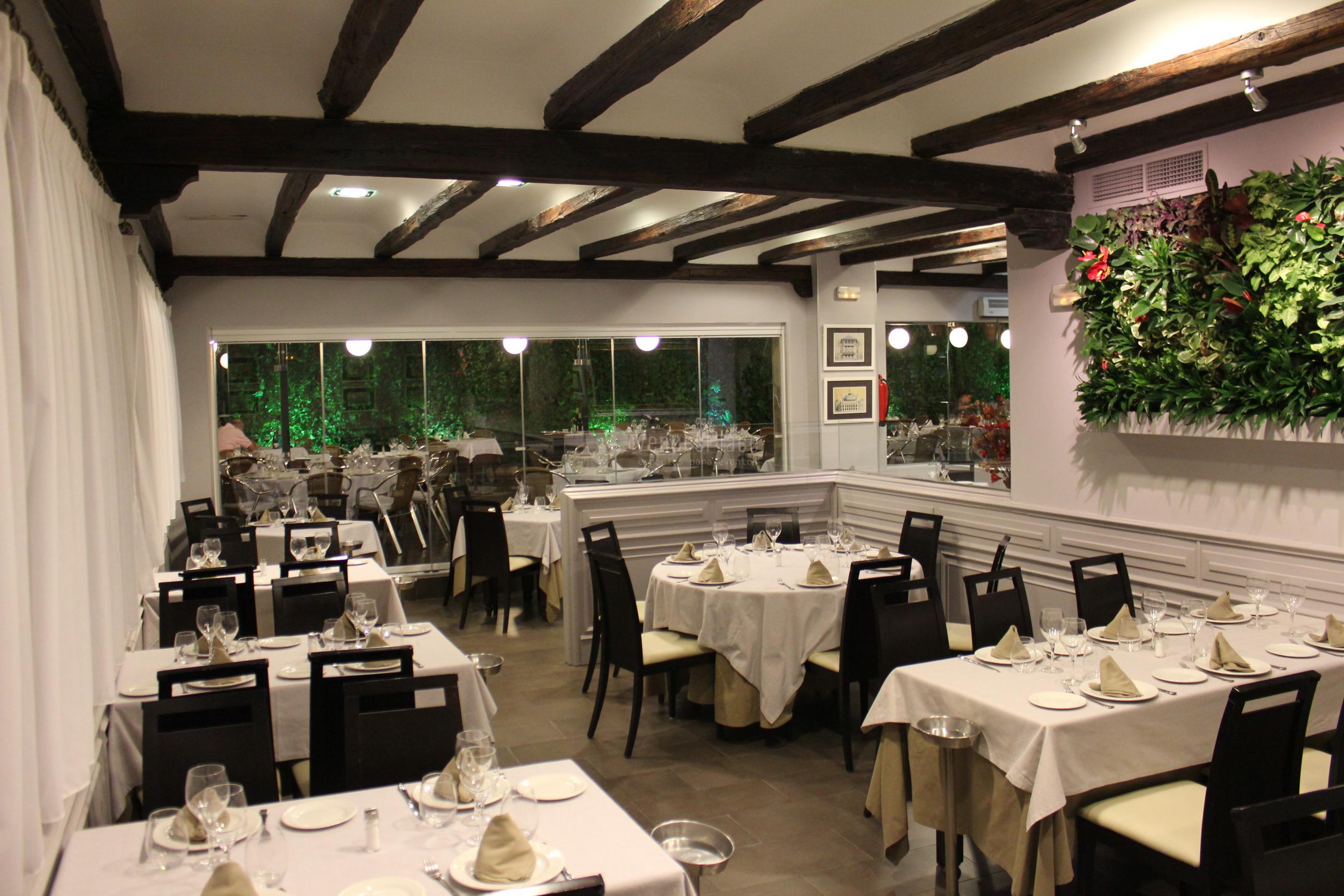 Espacios adaptados para eventos en Restaurante La Española