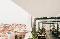 Terraza panorámica en Nice to Meet You