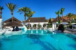 Piscina en Hotel Suites Albayzin del Mar
