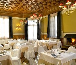 Alfonso XIII en Sercotel Hotel Villa Engracia