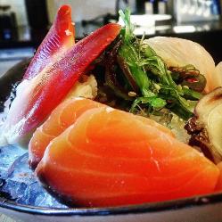 Gastronomía asiática en Happy River