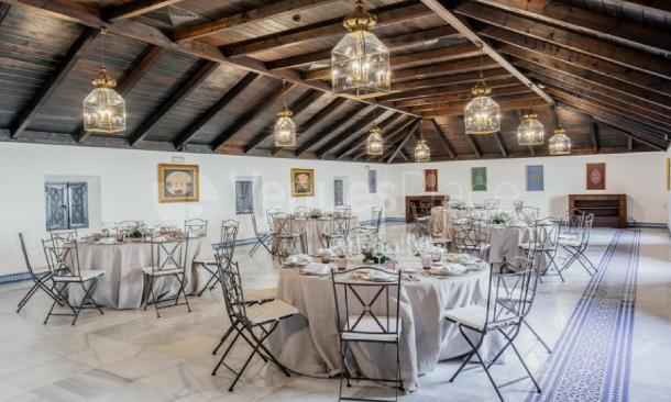 Montaje banquete en Parador de Carmona