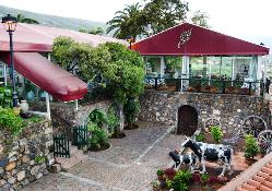 Preciosos espacios exteriores para tus eventos en Casa Lercaro Orotova
