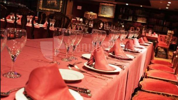 Comidas y cenas de Navidad en Alegoría