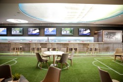 Sport Bar 2 Admiral Arena