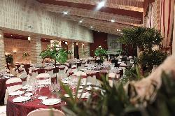 Montaje banquete de boda en el Complejo Cervantes
