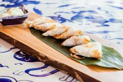 Cocina fusión japonesa con productos saludables en