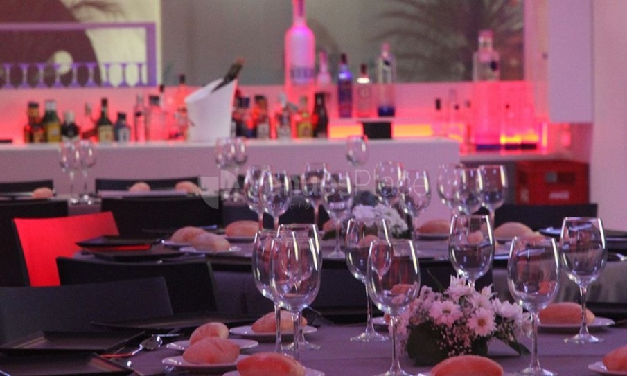 Next - Dom Events-montaje en banquete
