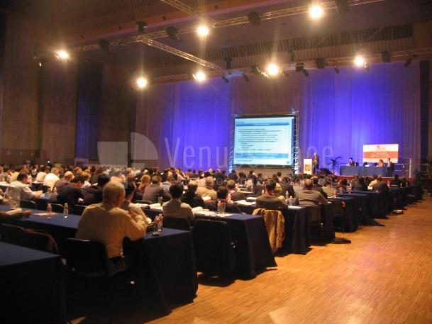 Foto salón en Palacio de Exposiciones de Santander