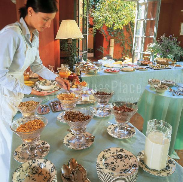 Casa Palacio de Carmona buffet