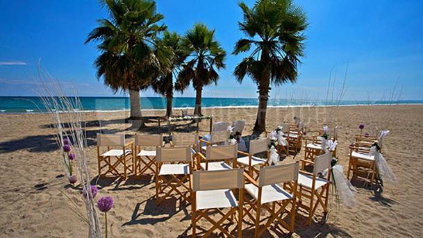 Exterior Le Meridien Ra Beach Hotel & Spa
