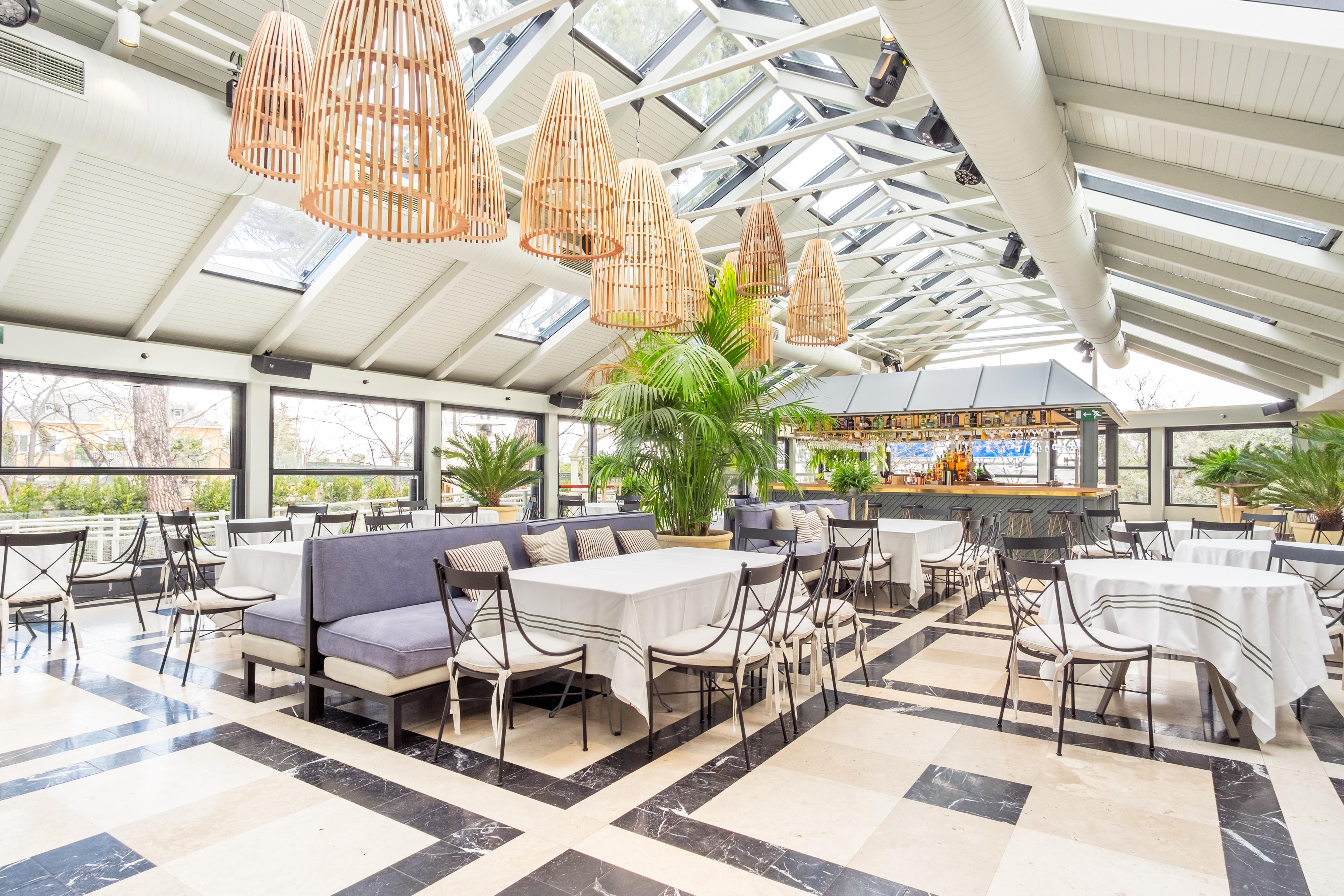 Amplios salones para tus eventos en El Jardín de la Máquina - Grupo La Máquina