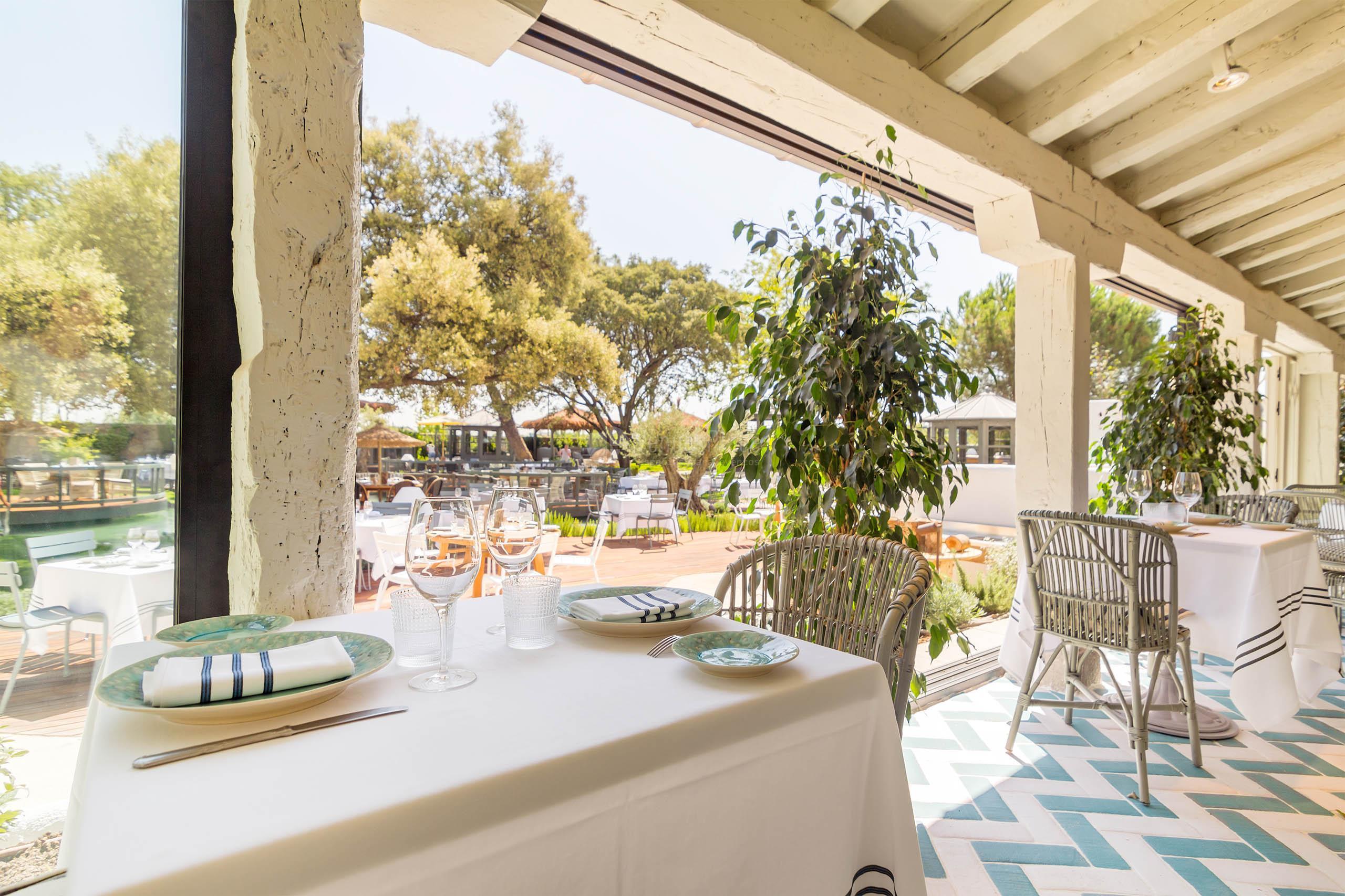 Espacios para comuniones en madrid moncloa aravaca for El jardin de la maquina pozuelo