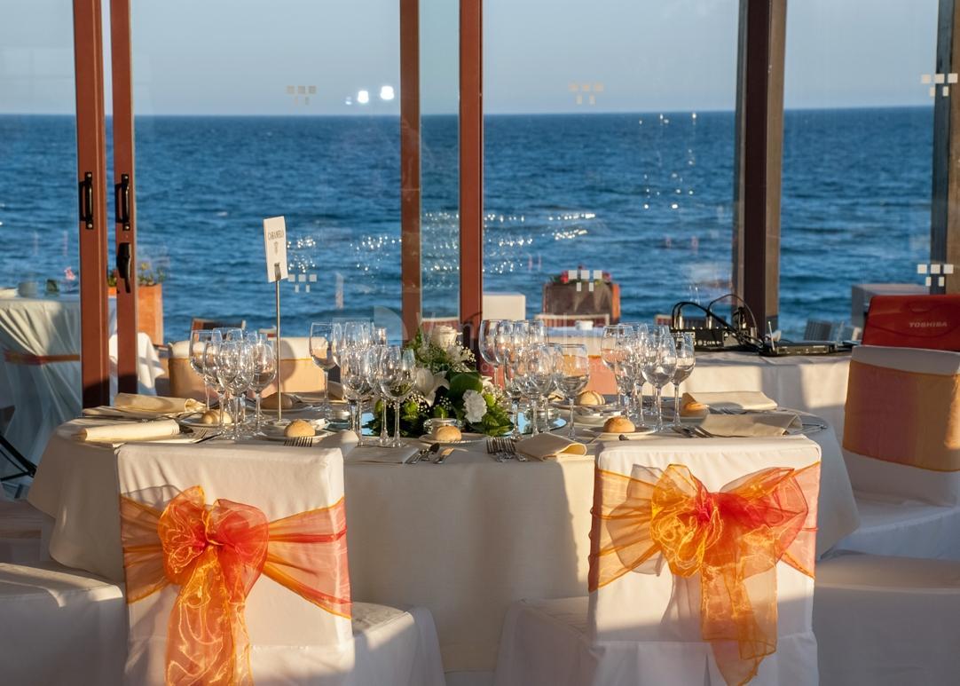 Montaje banquete nupcial eventos únicos Hotel Guadalmina Spa & Golf Resort  *****