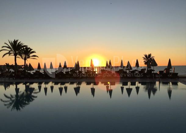 Puesta de sol Hotel Guadalmina Spa & Golf Resort  *****