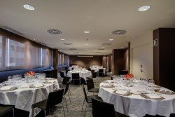 RH_FORUM_ALCALA_Rosales_Umbral_Banquete (2).jpg