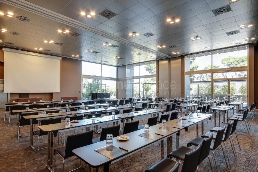 Forum I + II - Montaje escuela