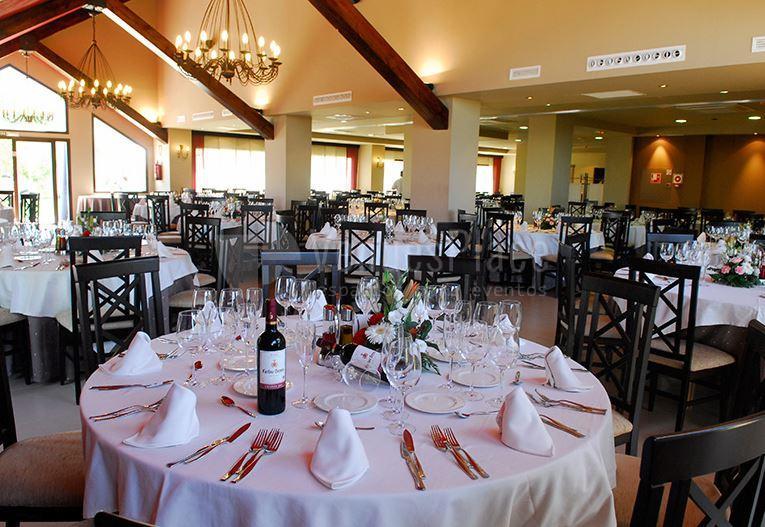 Montajes para bodas, comuniones, bautizos y otros eventos en Hotel Zerbinetta