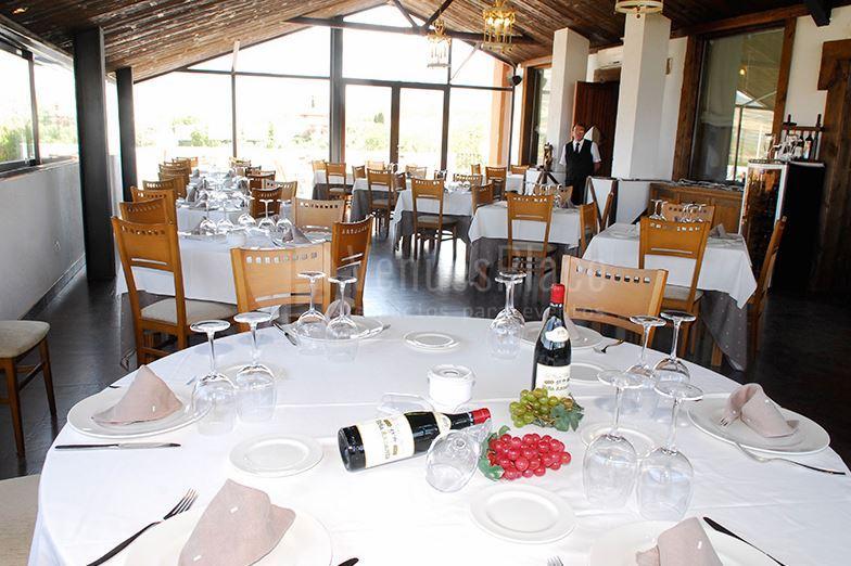 Salones para eventos sociales y corporativos con preciosas vistas en Hotel Zerbinetta