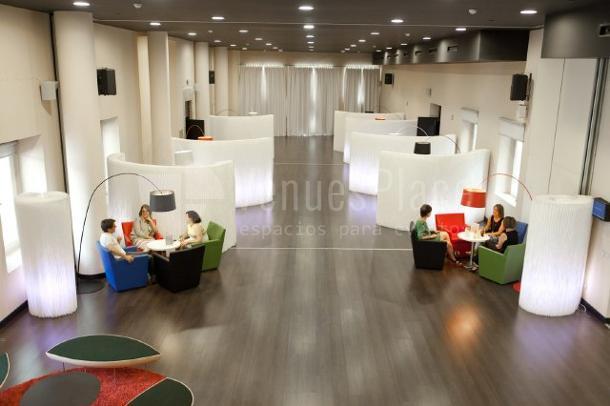 Sala Afterwork perfecta para eventos en Euroforum Palacio de los Infantes