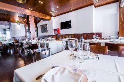 Comidas y eventos familiares en Restaurante La Máquina de la Moraleja - Grupo La Máquina