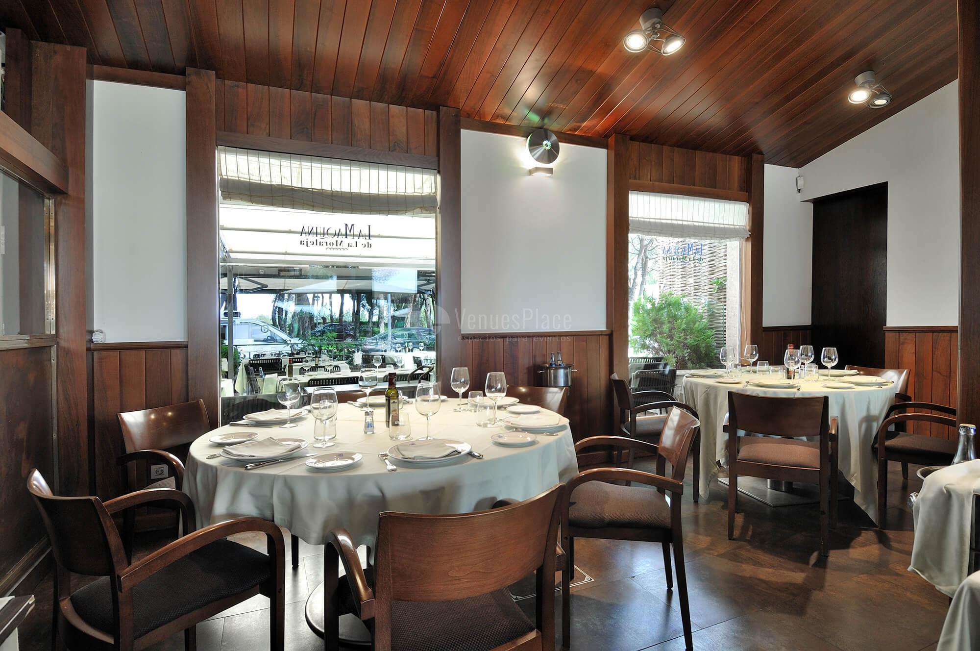 Interiores para tus eventos sociales  y familiares en Restaurante La Máquina de la Moraleja - Grupo La Máquina