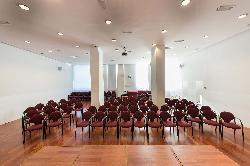 Vista de la sala desde el escenario