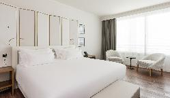 Junior Suite VIP Level - NH Collection Madrid Eurobuilding