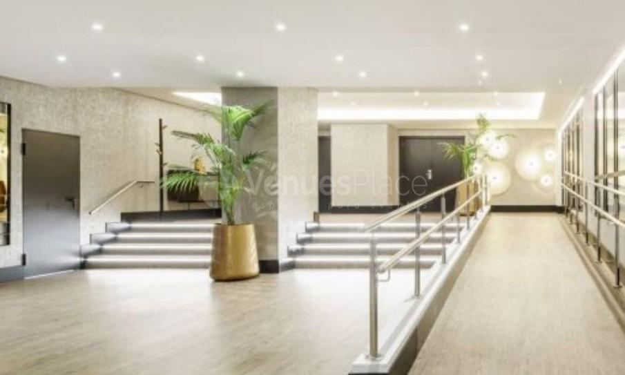 Interior Hotel Ilunion Bilbao