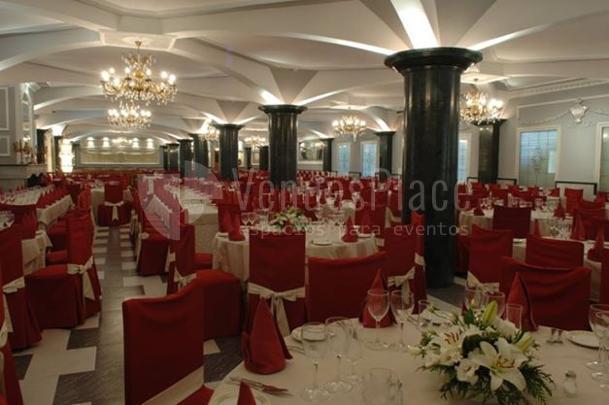 Motaje banquete de boda en el Complejo Mayerling