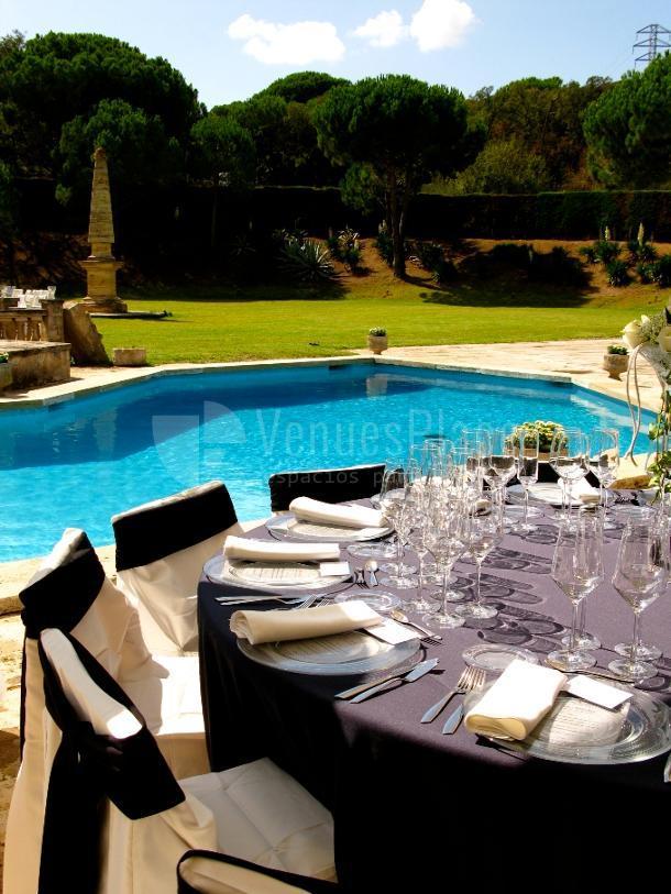 Magníficos espacios exteriores en Catering Boix de la Cerdanya. Restaurante Boix Zal