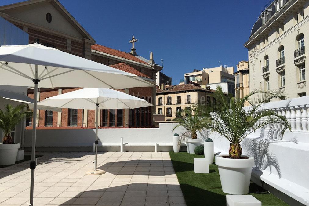Complementa tu evento al aire libre en Palacio de Neptuno