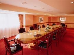 Sala Miro - Boardroom Style (2).jpg