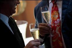 Fiestas de empresa y de navidad exclusivas en Cambrige Soho club