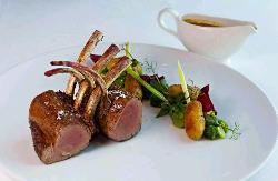 Gastronomía de alta calidad en Cambridge Soho Club