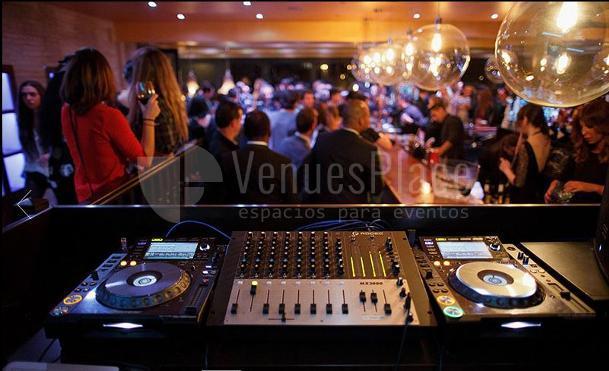 Cenas de gala, fiestas preboda en Cambrige Soho club