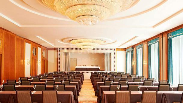 Montaje en teatro grandes eventos y congresos en The Westin Valencia