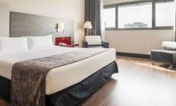Interior habitación Hotel Ilunion Barcelona