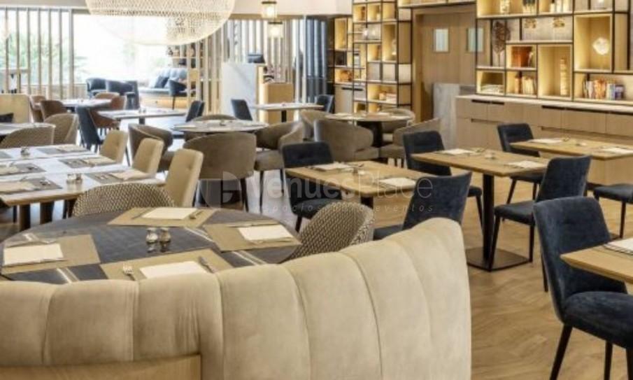 Interior Hotel Ilunion Barcelona