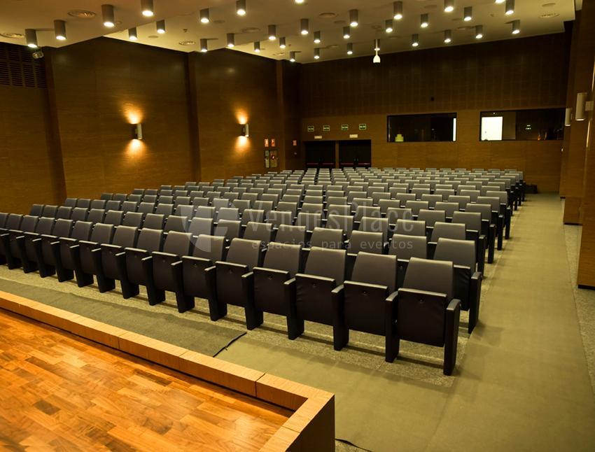Interior 1 en Institución Ferial Alicantina