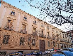 Palacio de Fernán Núñez en Comunidad de Madrid