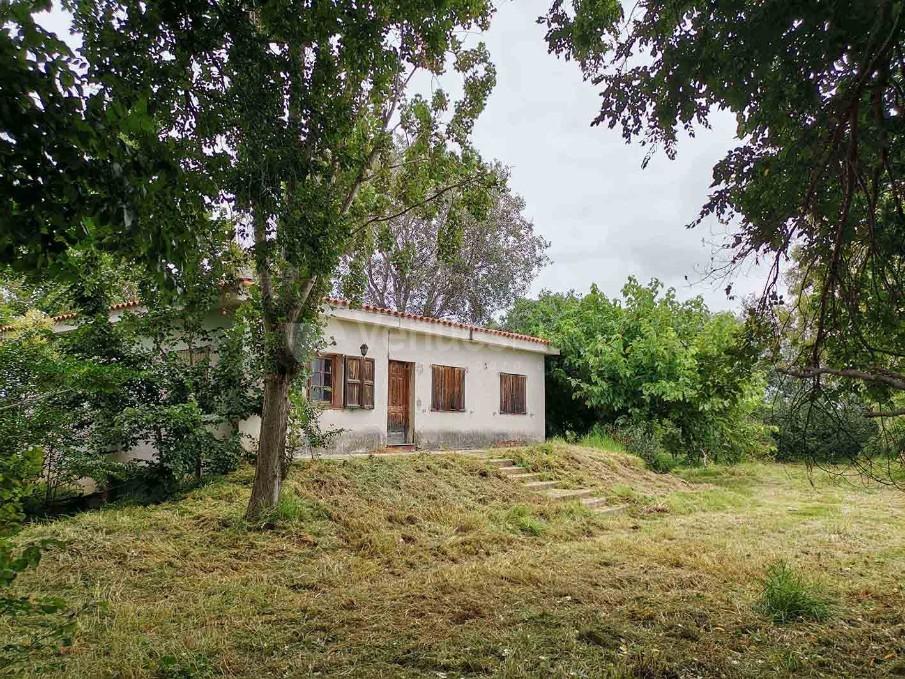 Casa rústica  con acceso al río Ebro, solo como localización de rodajes y sesiones de fotos