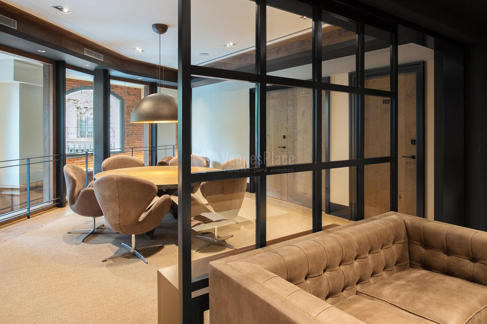 Interior 10 sala de reuniones en The Corner Hotel